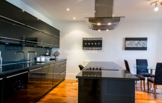 picture of 2 Bedroom(s) flat in  Theobalds Road, Bloomsbury, WC1