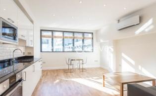 picture of 1 Bedroom(s) flat in  Fleet Street, Blackfriars, EC4