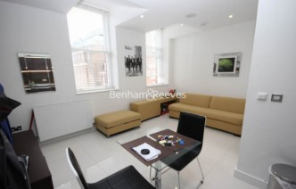 picture of Studio flat in  Albany House, Judd Street, WC1H