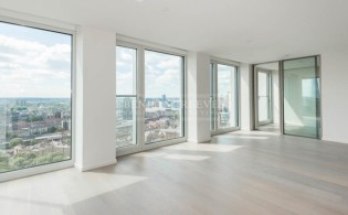 picture of 2 Bedroom(s) flat in  Southbank Tower, Upper Ground,  Blackfriars, SE1