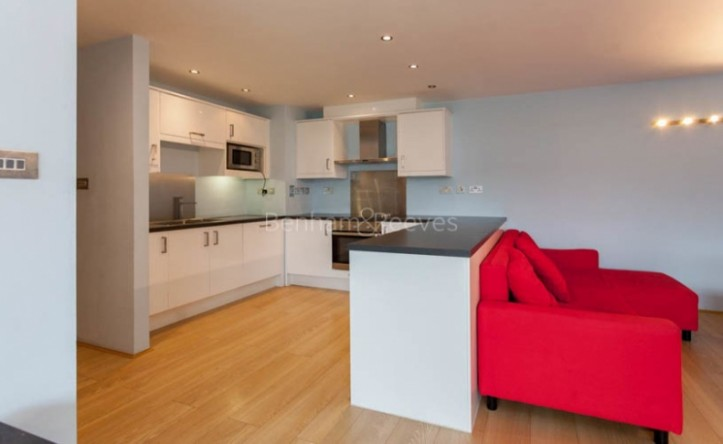 2 Bedroom flat to rent in New Wharf Road, City, N1