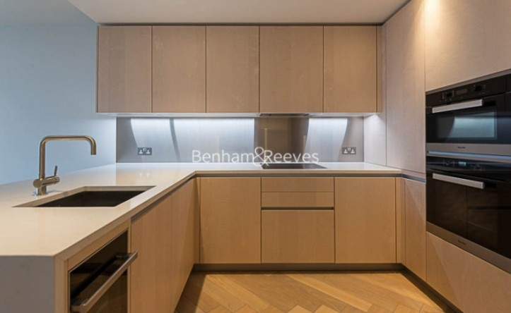 1 Bedroom flat to rent in Principal Tower, Worship Street, EC2A