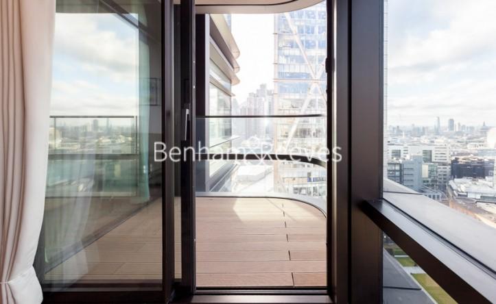 1 Bedroom flat to rent in Principal Tower, City, EC2A