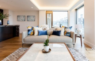 picture of 2 Bedroom(s) flat in  Belvedere Garden, Southbank Place, SE1