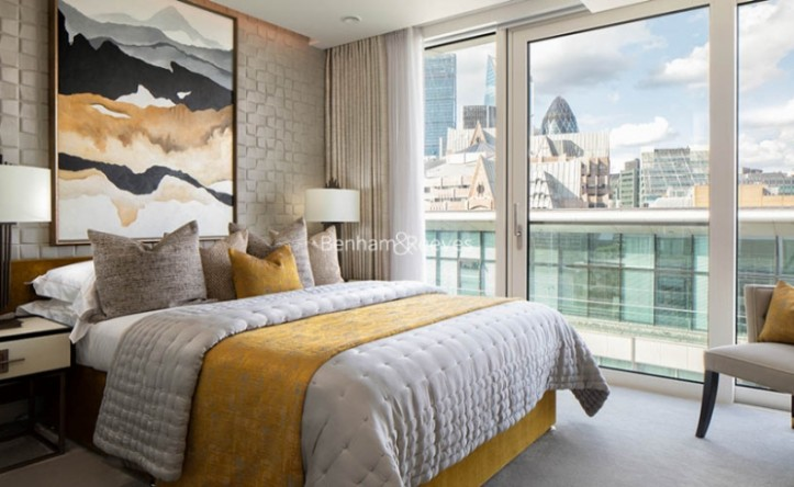 3 Bedroom flat to rent in Landmark Place, Water Lane, EC3R