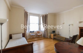 picture of Studio flat in  Temple House, Temple Avenue, EC4Y
