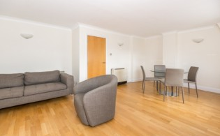 picture of 2 Bedroom(s) flat in  North Block, Chicheley Street, SE1