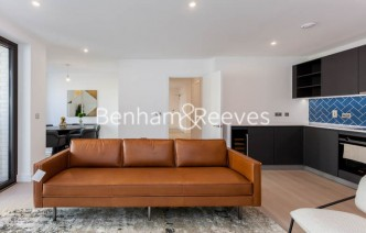picture of 2 Bedroom(s) flat in  Gorsuch Place, Nine Elms, E2