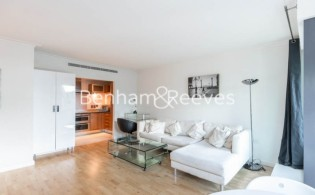 picture of 2 Bedroom(s) flat in  Discovery Dock East, Canary Wharf, E14