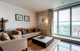 picture of Studio flat in  Pan Peninsula Square, Canary Wharf, E14