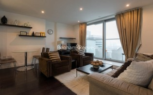 picture of 1 Bedroom(s) flat in  Pan Peninsula West Tower, Canary Wharf, E14
