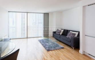 picture of 1 Bedroom(s) flat in  Landmark East, Canary Wharf, E14