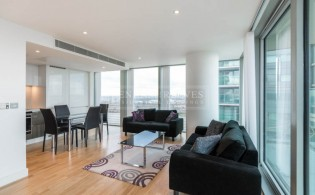 picture of 2 Bedroom(s) flat in  Landmark East, Marsh Wall, E14