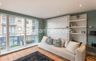 picture of Studio flat in  Yeo Street, Bow, E3