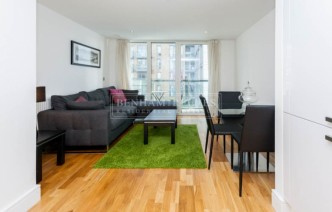 picture of 1 Bedroom(s) flat in  Dowells Street, Greenwich, SE10