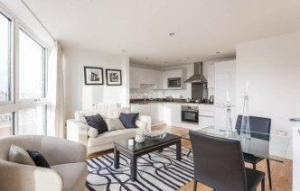 picture of 1 Bedroom(s) flat in  Dowells Street, Canary Wharf, SE10
