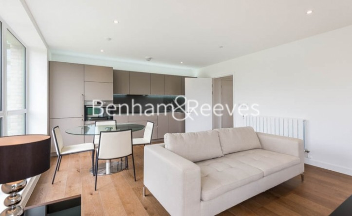 2 Bedroom flat to rent in Tudway Road, Blackheath, SE3
