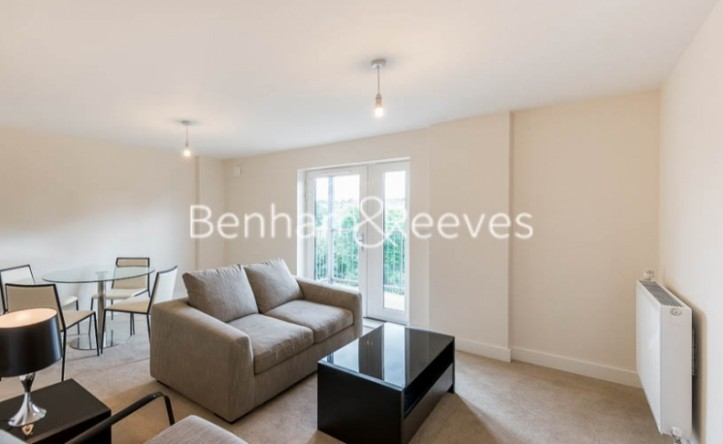 1 Bedroom flat to rent in Victoria Way, Fairthorn Road, SE7