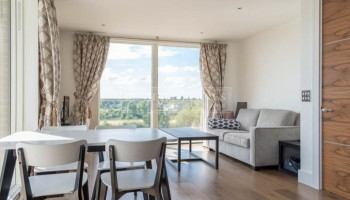 picture of 1 Bedroom(s) flat in  Tizzard Grove, Kidbrooke, SE3