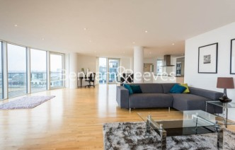 picture of 2 Bedroom(s) flat in  Ability Place, Canary Wharf, E14