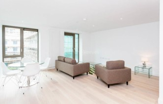 picture of 1 Bedroom(s) flat in  Laker House, Royal Wharf, E16