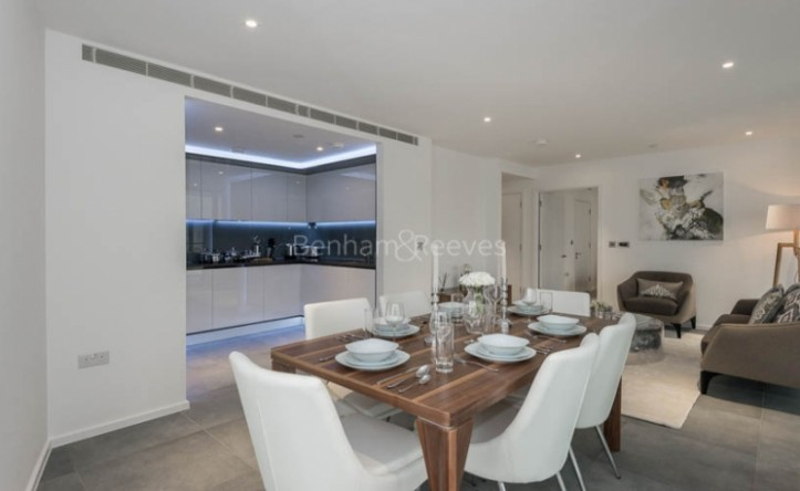 2 Bedroom flat to rent in Dollar Bay Point, Canary Wharf, E14