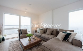 picture of 2 Bedroom(s) flat in  Royal Dockside, Canary Wharf, E16