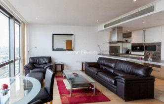 picture of 1 Bedroom(s) flat in  Hertsmere Road, West India Quay, E14