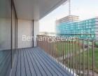 2 Bedroom flat to rent in Schooner Road, Royal Wharf E16