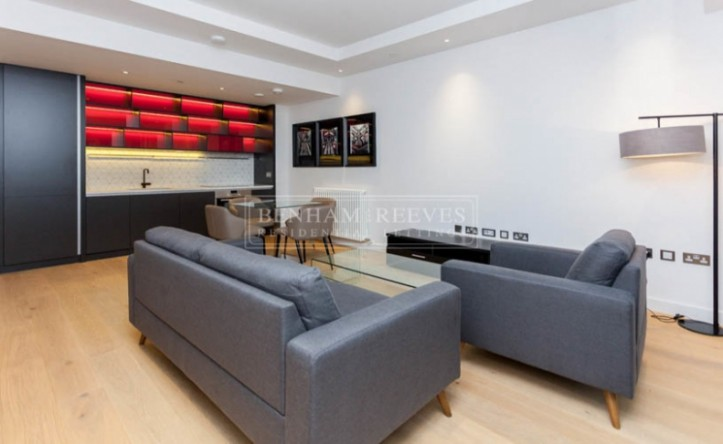 1 Bedroom flat to rent in Java House, London City Island, E14