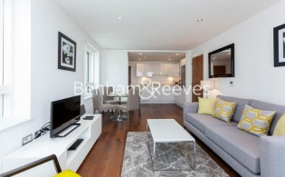 picture of 2 Bedroom(s) flat in  Duckman Tower, Lincoln Plaza, E14