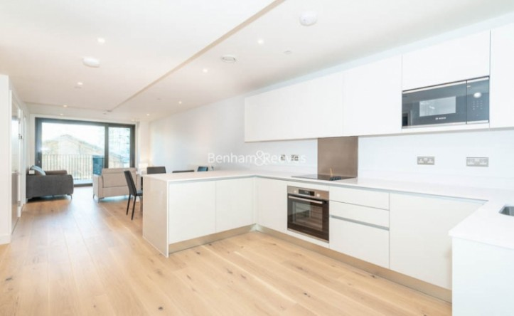 2 Bedroom flat to rent in Major Draper Street, Canary Wharf ,SE18