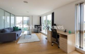 picture of 2 Bedroom(s) flat in  Caspian Wharf, Canary Wharf, E3