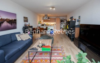 picture of 2 Bedroom(s) flat in  Station Street, Canary Wharf, E15