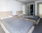 2 Bedroom flat to rent in 3 Tidal Basin Road, Canary Wharf, E16