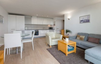 picture of 1 Bedroom(s) flat in  Blackwall Way, Canary Wharf, E14