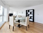 2 Bedroom flat to rent in Ontario Tower, Canary Wharf, E14