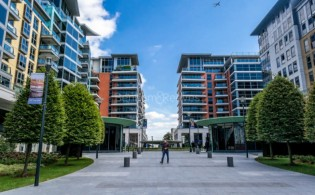 picture of 2 Bedroom(s) flat in  Thames Point, The Boulevard, SW6