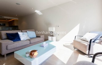 picture of Studio flat in  Octavia House, Imperial Wharf, SW6