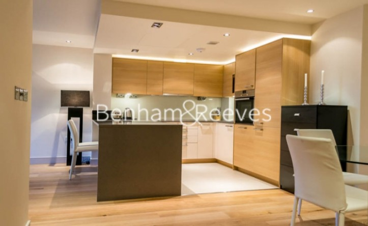 2 Bedroom flat to rent in Park Street, Fulham, SW6