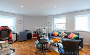 picture of 1 Bedroom(s) flat in  Sesame Apartments, Battersea, SW11