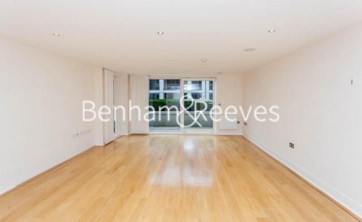 3 Bedroom flat to rent in Lensbury Avenue, Fulham, SW6