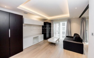 picture of Studio flat in  Chelsea Creek, Fulham, SW6