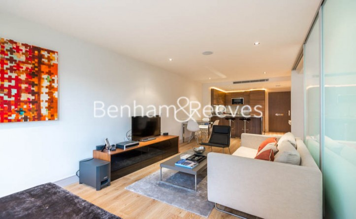 Studio flat to rent in Townmead Road, Fulham, SW6