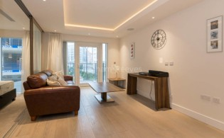 picture of Studio flat in  Woodford House, Chelsea Creek, SW6
