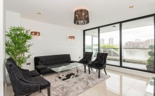 picture of 2 Bedroom(s) flat in  Thames Quay, Chelsea Harbour, SW10