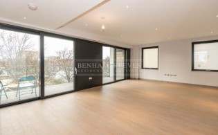 picture of 3 Bedroom(s) flat in  Wandsworth, Imperial Wharf, SW18
