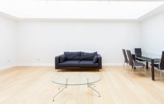 picture of 2 Bedroom(s) flat in  Broughton Road, Fulham, Sw6