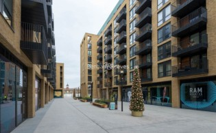 picture of 2 Bedroom(s) flat in  Drapers Yard, Wandsworth, SW18