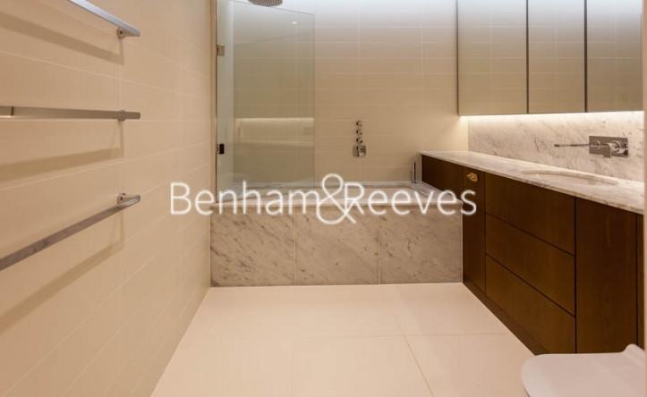 1 Bedroom flat to rent in Lighterman Towers,Chelsea,SW10